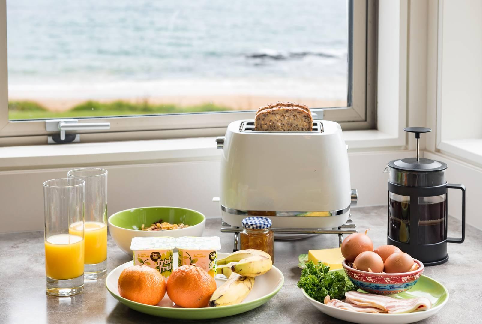 Breakfast at the Golden Sand beachfront accommodation